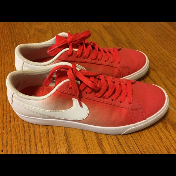 official photos f8270 8aa63 Nike SB Blazer Vapor red/white canvas shoes